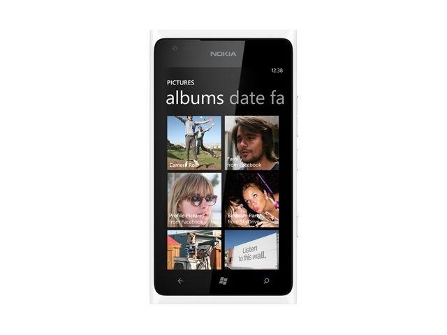 obsah balení Nokia Lumia 900 White + Fólie Brando antireflexní